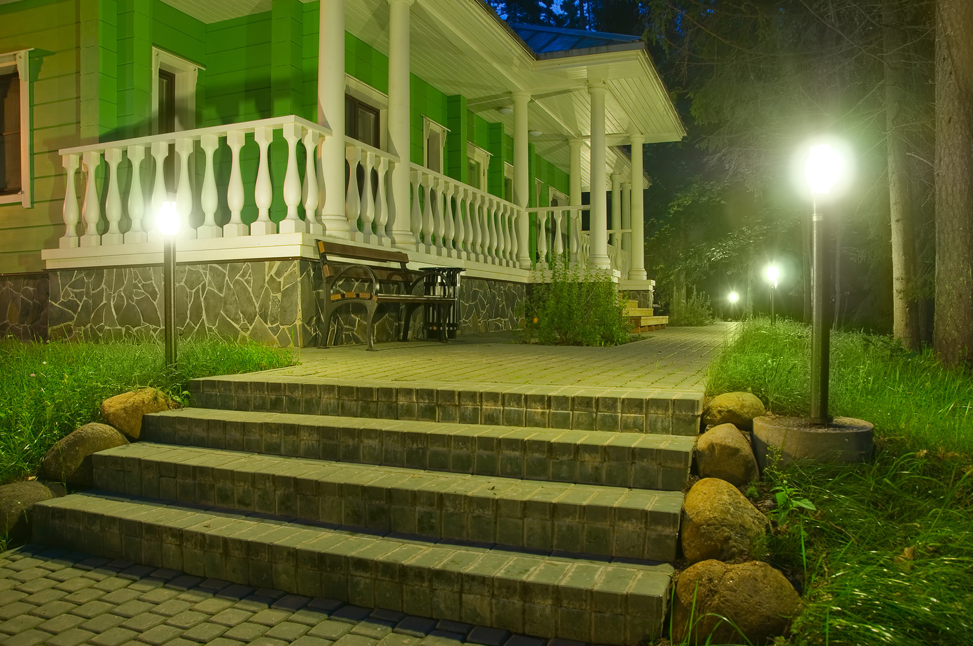 landscape_lighting
